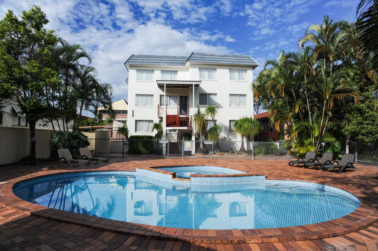Earls Court Motel  Apartments - Accommodation in Surfers Paradise