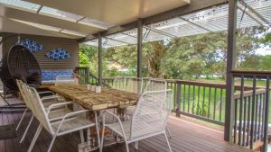 'RIVERSIDE RETREAT' 544 Ocean Drive North Haven - Accommodation in Surfers Paradise