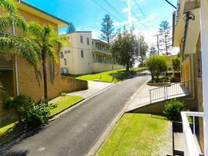 1/6 Convent Lane - Accommodation in Surfers Paradise