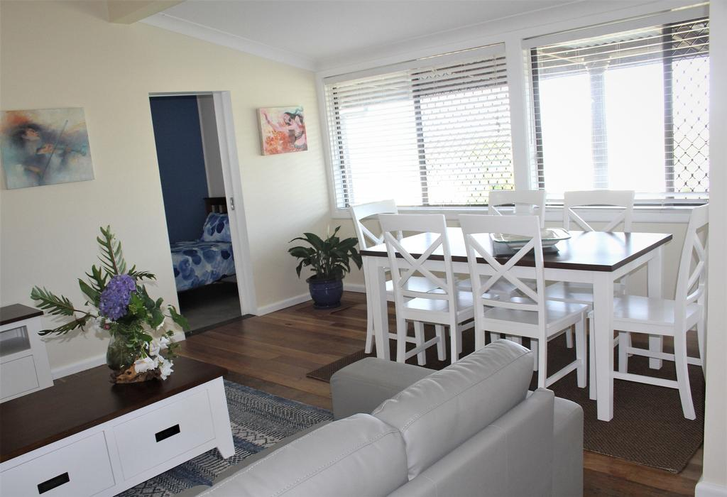 1/63 Wallace Street - Accommodation in Surfers Paradise