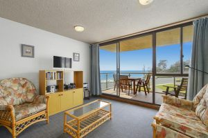 15 Beachpark Apartments - Accommodation in Surfers Paradise