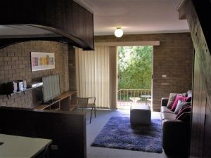 A Furnished Townhouse in Goulburn - Accommodation in Surfers Paradise
