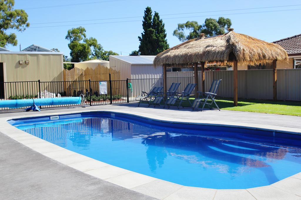 Avondel Caravan Park - Accommodation in Surfers Paradise