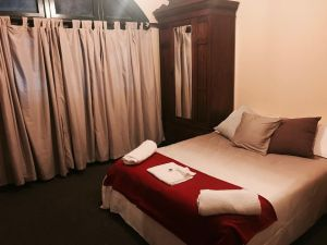 Bellbird Hotel - Accommodation in Surfers Paradise