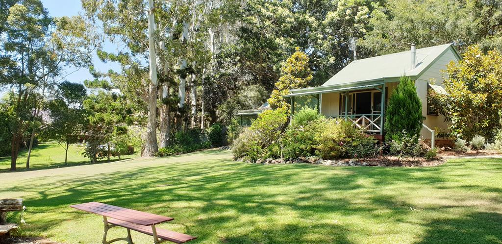 Bendles Cottages - Accommodation in Surfers Paradise